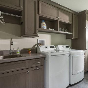 1st Floor Home Addition - Design-Build - Sunroom, Mudroom, Laundry + En Suite