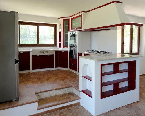 Cucina in muratura rossa