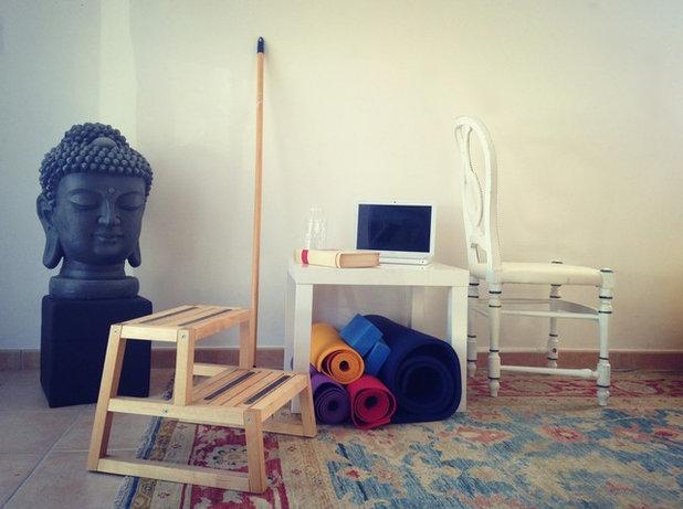 8 esercizi per allenarsi con gli oggetti di casa