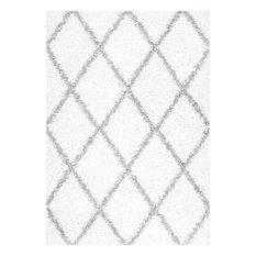 "Soft and Plush Diamond Trellis Moroccan Lattice Shag Rug, 7'10""x10'"