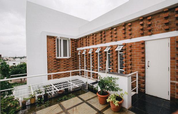 Contemporary Balcony by Gaurav Roy Choudhury Architects