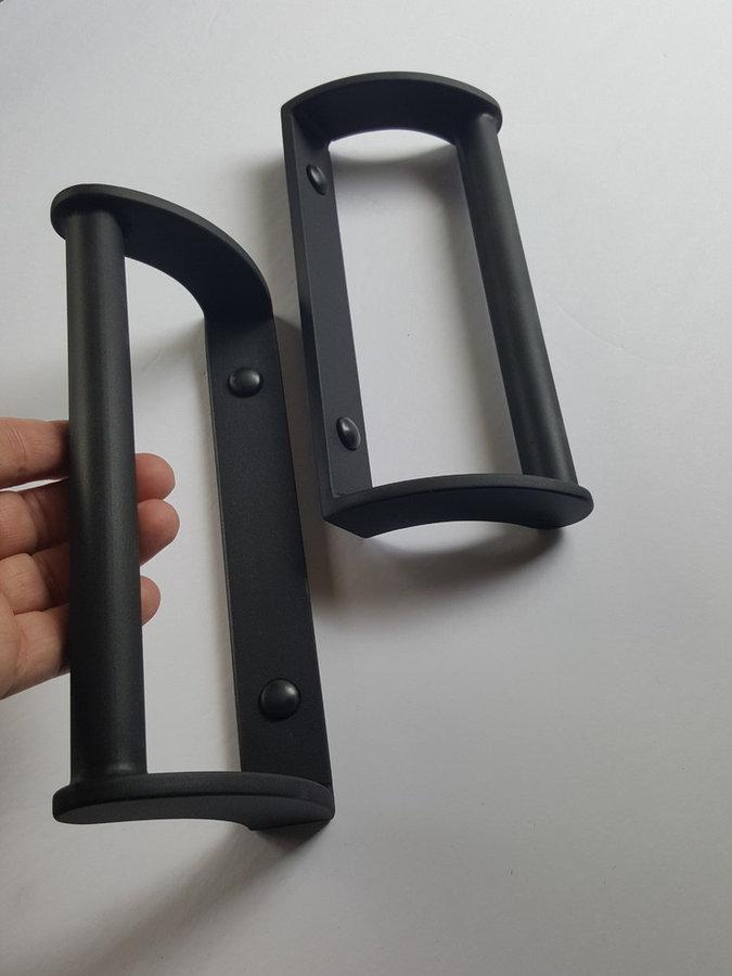 Door Pulls & Hardware