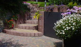Terrassen und Treppen