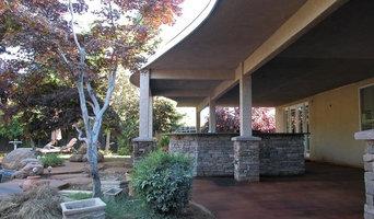 Ladazgo Outdoor Kitchen with Custom Stone Work