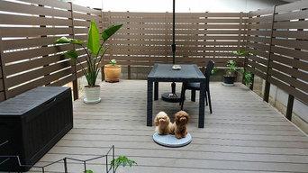 人工木デッキと木調樹脂フェンス