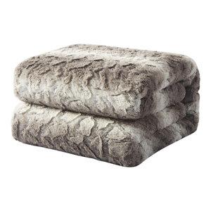 """Snow Giraffe Faux Fur Throw Blanket, 50""""x60"""""""