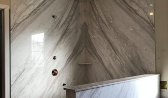 Volakas bookmatched Shower with accessories
