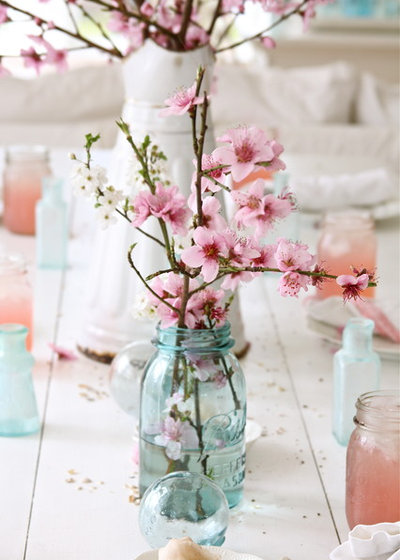 Shabby-Chic-Style  by Dreamy Whites