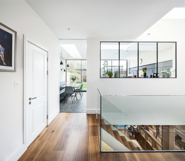 Contemporary  by EMR Architecture