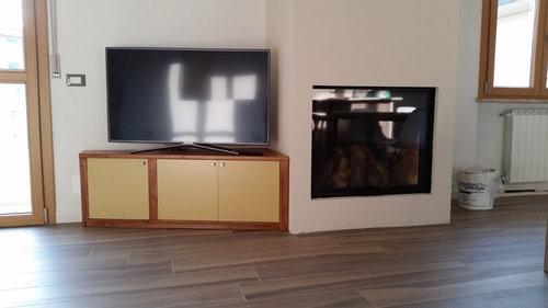 Mobiletto TV da tingere
