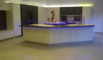 Contemporary Kitchen Napoli