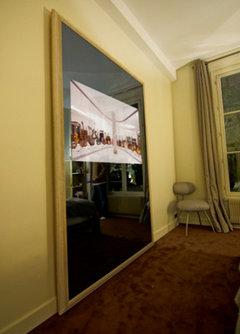 8 astuces pour sublimer votre d co gr ce des miroirs xxl. Black Bedroom Furniture Sets. Home Design Ideas