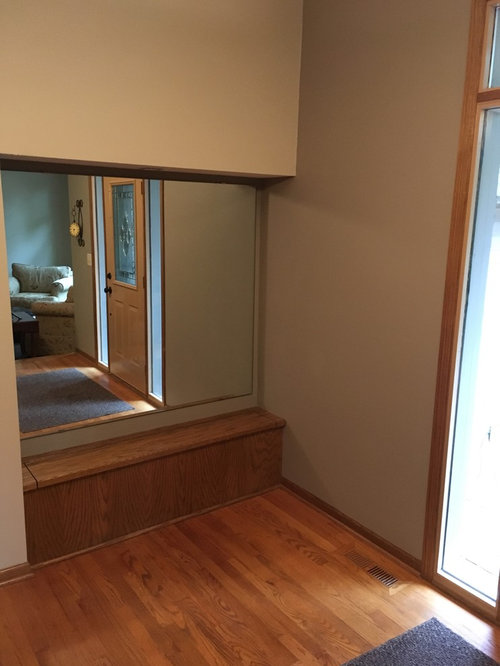 Front entry alcove is outdated