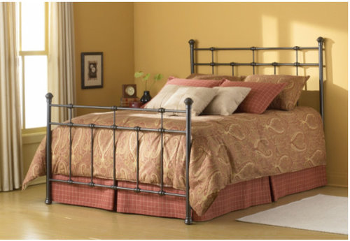 Bedspread With Foot Board