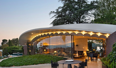 In Los Angeles, a Sensitive Restoration of a John Lautner Gem