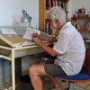 Visita privada: El hogar sencillo de dos artistas en el Eixample