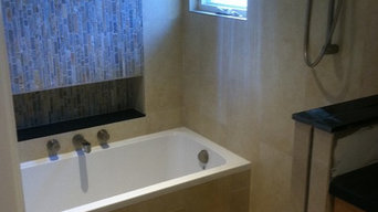 Great shower/bath combo for small places.
