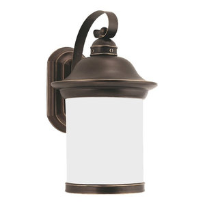 Hermitage 1 Light Outdoor Wall Light in Antique Bronze