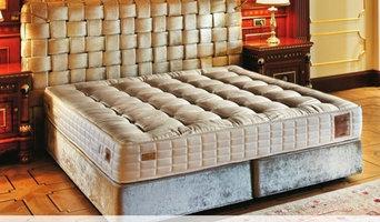 Yatsan Chess modern upholstered bed