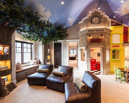 Traditional gender-neutral carpeted playroom idea in Salt Lake City with  beige walls