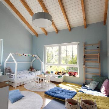 Neugestaltung Einfamilienhaus mit Blau/Türkisenen Aktzenten