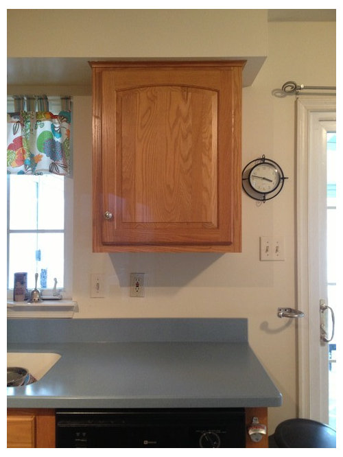 Cabinet Color with blue countertops?