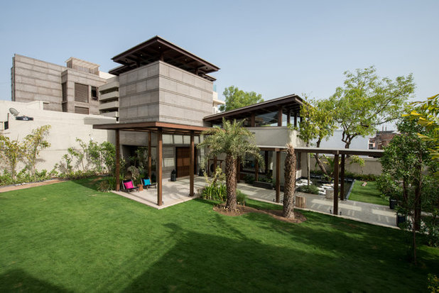 Contemporary  by Hiren Patel Architects