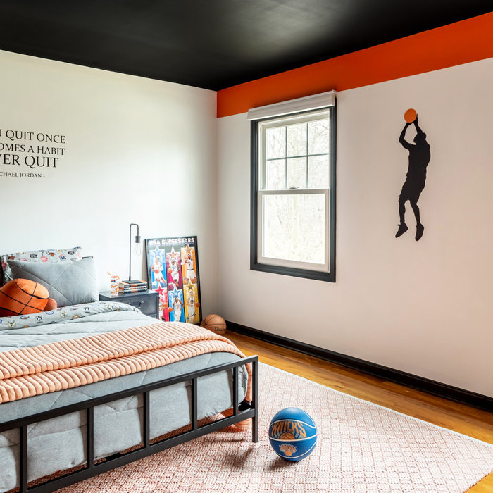 Teen Boy Bedroom - Basketball Themed