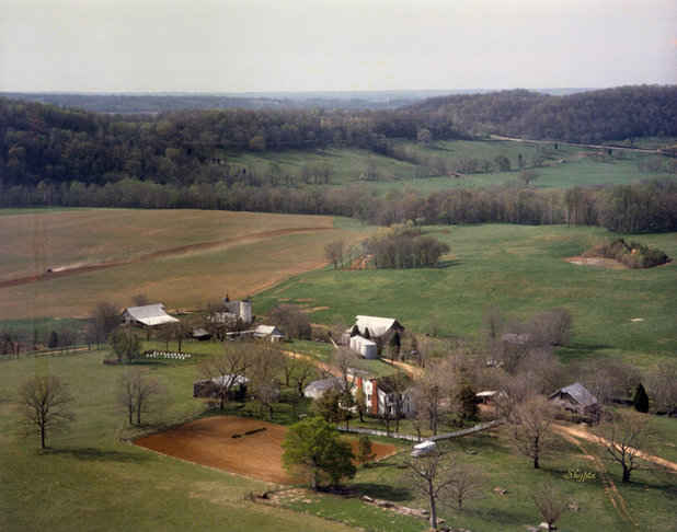 We Can Dream: A Bucolic Tennesse Farmhouse on 750 Acres
