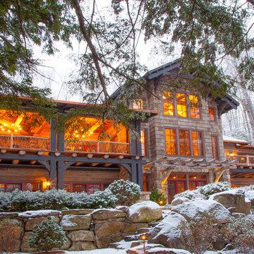 New Hampshire Snow and Lake Lodge
