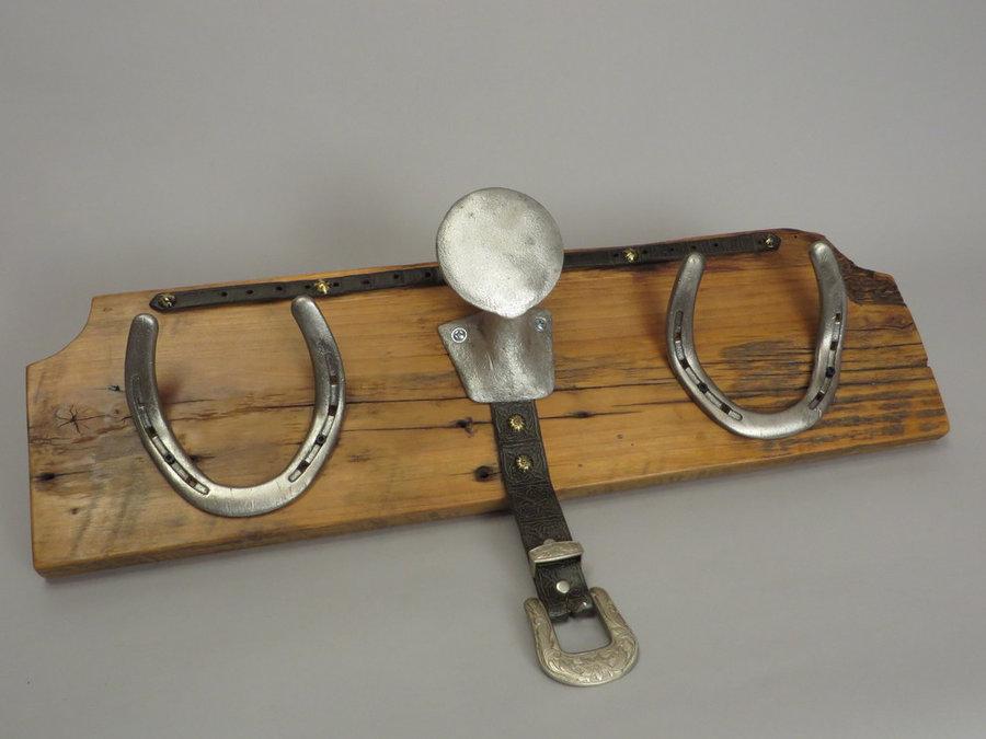 #R15070 Coat Rack Reclaimed Poplar, Saddle Horn, horseshoes, leather.