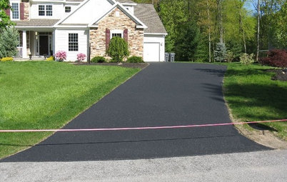 How to Reseal Your Asphalt Driveway
