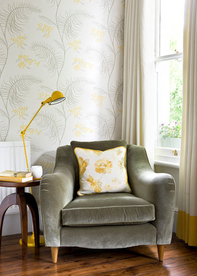 Transitional  by Rebecca Hayes Interiors