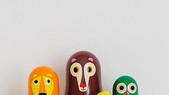 Nesing dolls