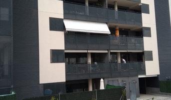 Instalación de toldos en edificio de Madrid