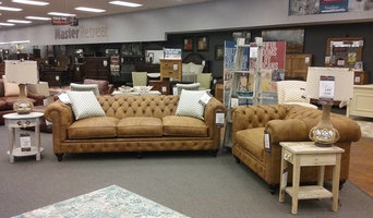 Retail Vignettes for Muenchens Furniture