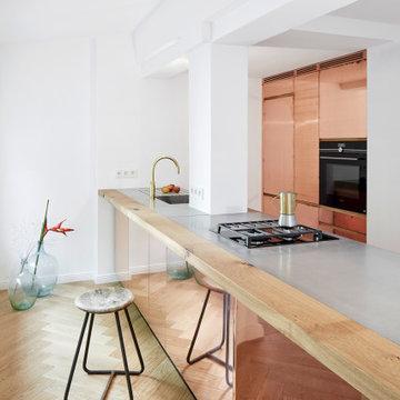 Küche mit Beton-Arbeitsplatte