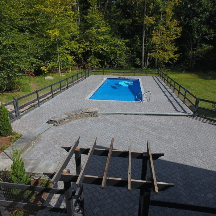 Cambridge pavers pool patio :