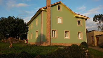 Pintura de fachada de casa unifamiliar