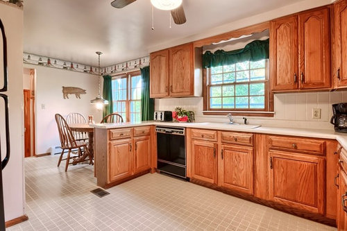 How To Integrate Dated Oak Kitchen, How To Freshen Up Kitchen Cabinets Without Painting