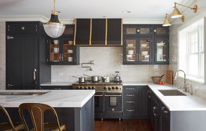 Kitchen of the Week: A Family of 4 Loves to Cook Together Here