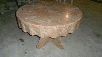 Мраморный стол с фартуком
