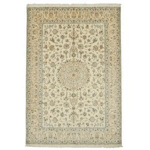 Nain 9La Persian Rug, Hand-Knotted Classic, 292x200 cm