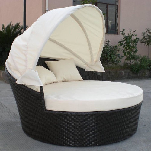 Outdoor Wicker Patio Furniture Canopy Day Beds   Dominica Canopy Bed   Patio  Furniture And Outdoor