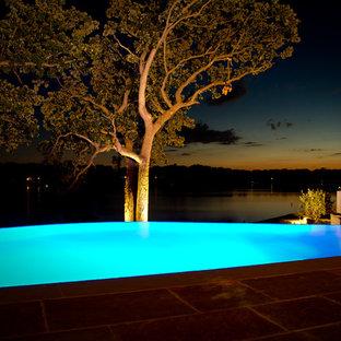 Pool - modern pool idea in Chicago