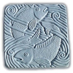 "Garden Molds - Fish in Water Stepping Stone Mold - Mold Dimensions: 15.5"" x 15.5"" x 2"""