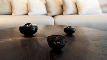 IRIS Coffee table - Black straw marquetry