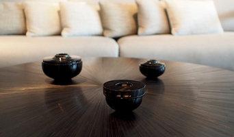 IRIS Coffee table - Black straw marquetry