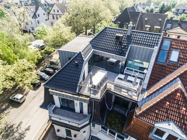 Modern Häuser by ONE!CONTACT-Planungsbüro GmbH