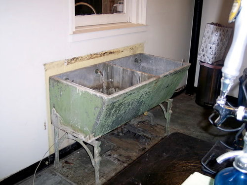 It S Very Heavy Duty The Walls Are About An Inch And A Half Thick Made Of Stone Or Concrete Can Anybody Tell Me More This Sink